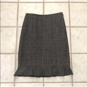 🔷BOGO 1/2🔷🆕 Ann Taylor wool ruffle pencil skirt